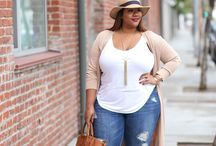 curvy girl fashion / Cute plus size women's fashion. plus size outfits for curvy girls!