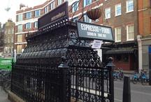 The Attendant / ed ecco come le vecchie toilette sotterranee di Londra,ancora dell'epoca vittoriana,siano state ristrutturate e adibite a bar per pranzi e colazioni
