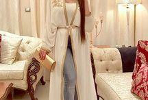 Abaya ouverte