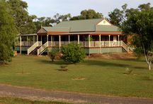 Killarney / A home designed to allow breezes to flow, the Killarney was originally built one the banks of the Katherine River in the Northern Territory. With a 4 metre wide verandah for daily living and a breezeway through the living area, this home was perfect for outback living.