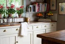 Kitchen / by Emily Zona