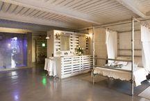 Suite armonía de contrastes. Casa Decor Barcelona 2008 by Barasona / Una suite sin separaciones, donde se fusiona lo clásico y lo industrial y se incorporan las tecnologías más avanzadas como la cromoterapia y la domótica.