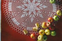 carpetas al crochet / by Monica