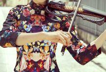""",,hra na housle"""""""