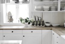 HOME...kitchens / Clean beautiful seaside inspired kitchen ideas for my new kitchen