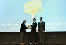 REBI - REKOR BISNIS / Penghargaan REBI (Rekor Bisnis) atas prestasi Jamu tetes Bioactiva sebagai Jaringan Radio terluas / by BIOACTIVA JAMU TETES