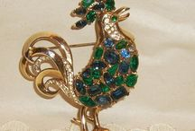 ALFRED PHILIPPE TRIFARI ROOSTER BROOCH BOOK PIECE