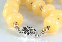 Summer & The Sea at The Brooch and Bangle / Summer inspires relaxation and recreation.