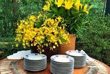 Bela mesa!Bela decoração!