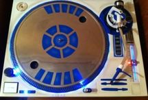 Turntables and Such / DJ Equipment at its finest