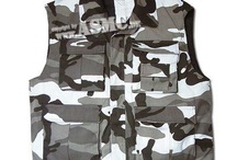 Men's clothing / Everything from classy designer looks to streetwise camo.