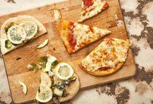 `za / pizza / by Lisa Arndt
