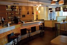 El bar / Tómate un café, una cervez, un pintxo...Decoración moderna y agradable.