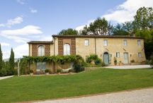 Italy Vacation Villas / Vacation properties in Italy, especially in Lucca, Tuscany: luxury villas, farmhouses, apartments...