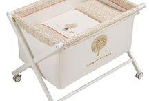 Minicunas / Tenemos más de 100 modelos de minicuna, en forma cuadrada, plegable, para colecho.  Encuentra la vestidura para la habitación de tu bebé, gran variedad de colores y diseños.