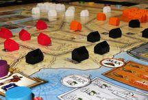 Juegos de mesa / Noticias, reseñas, vídeos y más sobre juegos de mesa modernos y clásicos. Mas información en  https://duodingo.net/grupo/73/juegos-de-mesa