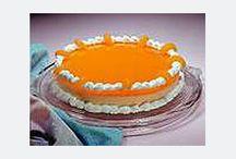Cakes / by Sheryl Tipton