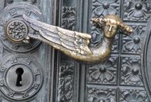 DESIGNER DOOR HANDLE