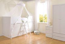 Alirah bedroom