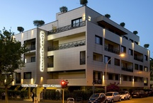 Hotel Pulitzer Rome / Hotel Pulitzer, a 4-star design hotel, is located in the heart of Rome's financial district, between the Ostiense and EUR districts.