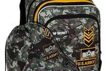 BAGMASTER Školský batoh ALFA 8 D / Štvorkomorový chlapčenský školský batoh s potlačou. Školský batoh je určený svojimi rozmermi pre 1. stupeň ZŠ, hlavne pre 1. – 3. triedu.
