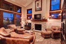 Lodge Lounge & Fire