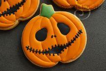 Halloween Baking / I love Halloween and creating sweet Halloween treats.