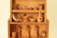Mobili per bambole Doll house furniture