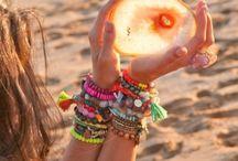 Summer ideas / Beach looks, accesorizes, bikinis, toallas, zapatos...