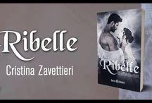 Ribelle / Romance storico dalle tinte erotiche dell'autrice Cristina Zavettieri. Disponibile in e-book su Amazon e in cartaceo negli store online e in libreria.
