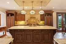 Dream Kitchens / Find the perfect kitchen today in Palm Beach Gardens