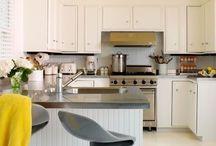 Kitchen bulkhead / by Kelly Potts-Prince