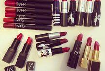 Beauty Inspiration: Makeup / Makeup makes everything better. / by tamara rasberry