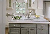Kitchen Ideas / Kitchens cabinets countertops