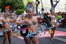 Carnaval de Santa Cruz de Tenerife / Carnaval de Santa Cruz de Tenerife, actuaciones de murgas, rondallas, comparsas, elección de la Reina del Carnaval, programa completo de los actos.