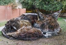 Mind Blowing Arts For Awareness Against Pollution / A street artist in Portugal creates awareness about waste production in a most heart melting way. He used trash to create animal sculptures.