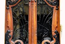 двери / с резьбой