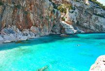 Cerdeña / El destino perfecto para escapar de la rutina y disfrutar de unas vacaciones en calas y playas de agua azul turquesa y un rico patrimonio cultural e histórico para los más turistas