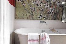 Bathrooms / by Patrícia Azevedo