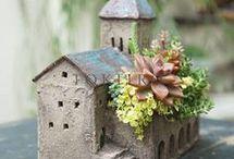 domčeky s kvetinkami..hlina