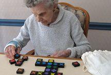 Entretenimiento en la demencia senil / Actividades para que Lilliam pase sus días entretenida