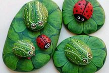 Rock Painting / Painting plain rocks to make them look fun/ beautiful