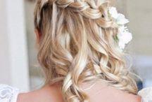 Hair Styles / by Holly Mahkovtz