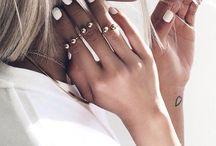 Hands & nails