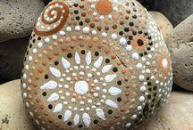 pintar piedras de anna