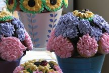 Floral Bouqakes / flowers made of cake... and vice versa