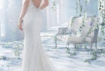 Wedding Inspo  / Wedding dresses / makeup / hairstyles