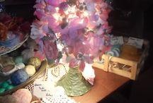 GEDÖÖNS / Ich stelle duftende, dekorative und wohlschmeckende Dinge aus handverlesenen Blüten, Früchten und Kräutern her wie z.B. Badeöle,Massageöle,Badesalze, Badetee Lavendelartikel, Duftkissen Aussergewöhnliche Marmeladen, Gelees, Aufstriche, Pesto und Kräuteröle-, Essig Gewürzsalze für Feinschmecker Filzseifen, Seifenketten,Seifentorten zusätzlich hätte ich noch Lagenlookschmuck, Aludrahtringe und natürlich meine Babyserie reinschauen und staunen.. zu finden auch bei Facebook unter: GEDÖÖNS