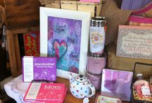 Gifts for Her / Whether you're shopping for your wife, girlfriend, mother or grandmother, our charming assortment of gifts for her will be sure to please.
