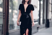 Holiday Dressing / Holiday outfit ideas, Holiday dresses, Holiday accessories, Holiday party outfits, dressing for a Holiday office party, evening looks